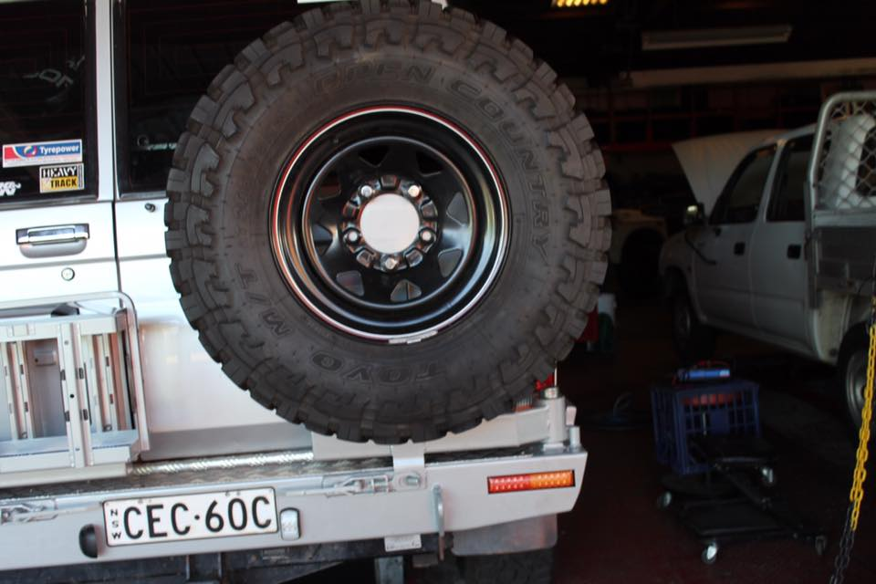 76 Series Landcruiser Rear Bar With Wheel Carrier Dual